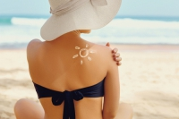 Jak pečovat o atopickou pokožku v létě?